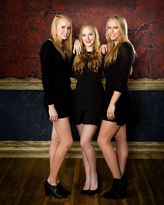 Richmond IL Senior Photos Triplets Pictures