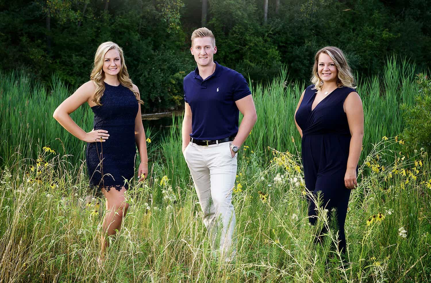 nfocus photos crystal Lake senior photographer Miss Cary Grove IL senior photo shoot